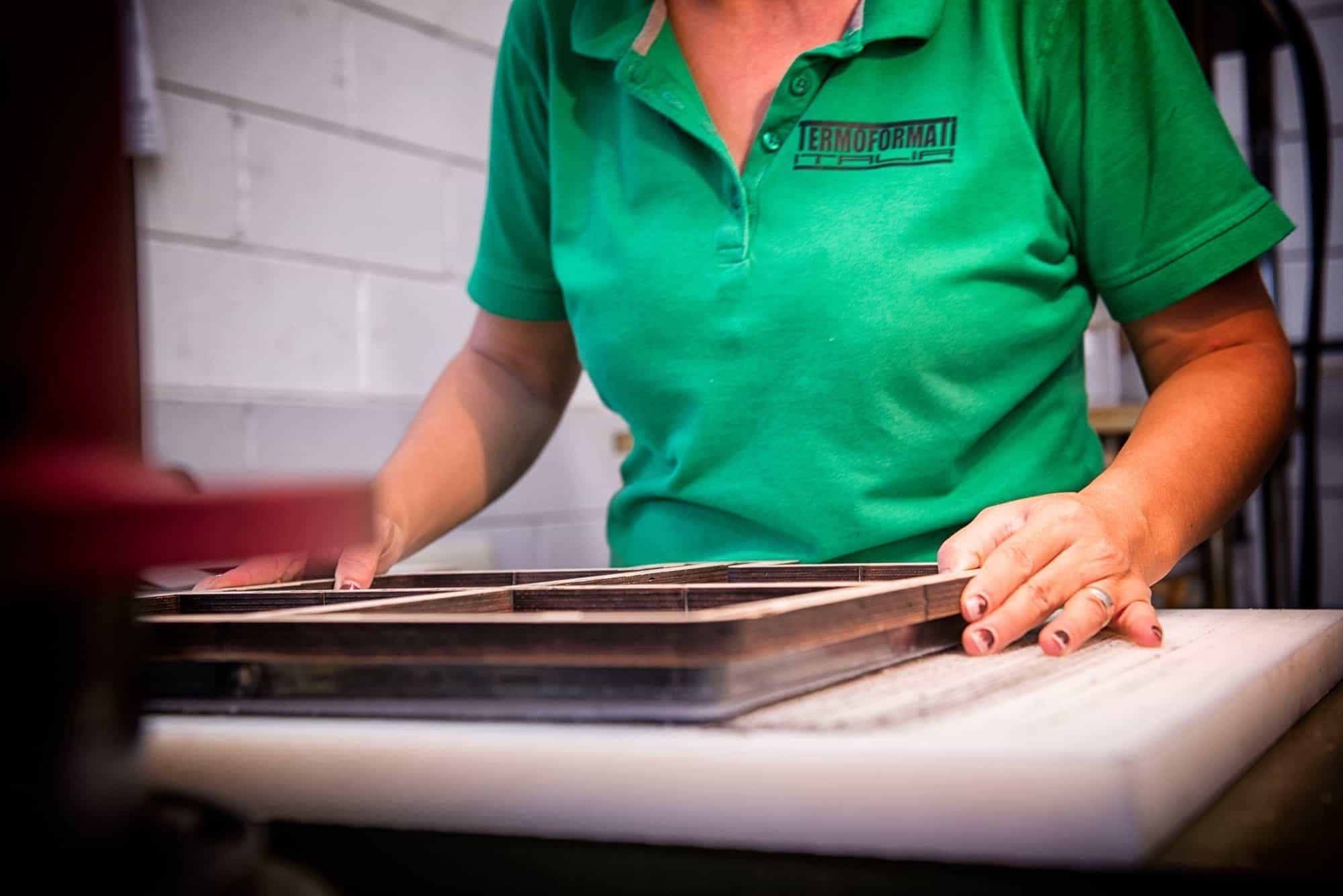 fotografo industriale lecco per termoformati